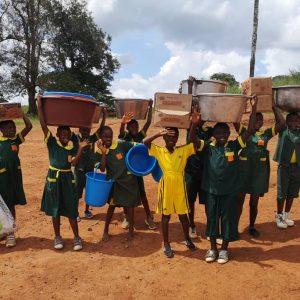 Dożywianie dzieci w Afryce - przedszkole i szkoła w Koudadeng (89/KARML)