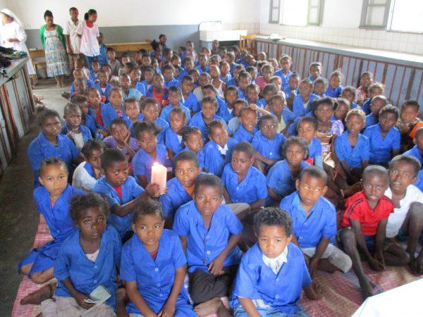 Nakarm niedożywione dzieci z Madagaskaru Werbiści 01