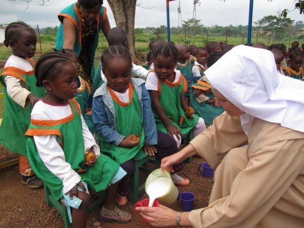 Dożywianie w szkole w Dimako (85/KARML)