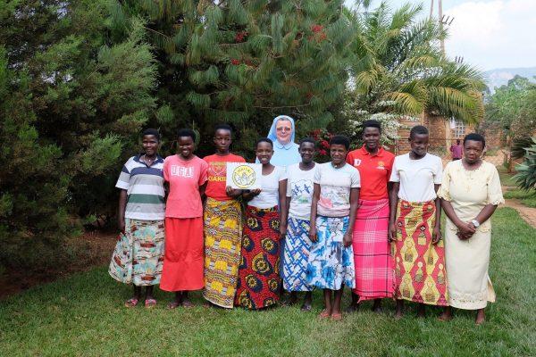 Misyjna szkoła i pracownia krawiecka w Buraniro potrzebuje wsparcia (172/DUCHA) 01