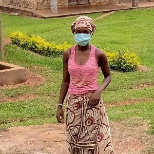 Koronawirus w Afryce: żywność i środki higieny dla dzieci z Abong-Mbang (139/CHRYS)