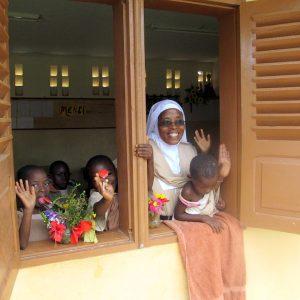 Karmelitanki proszą o projektor dla szkoły w Gitega Songa 01