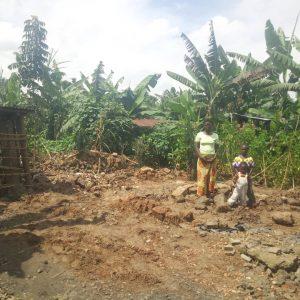 Klęska żywiołowa zabrała im dom 01 pomoc Afryce