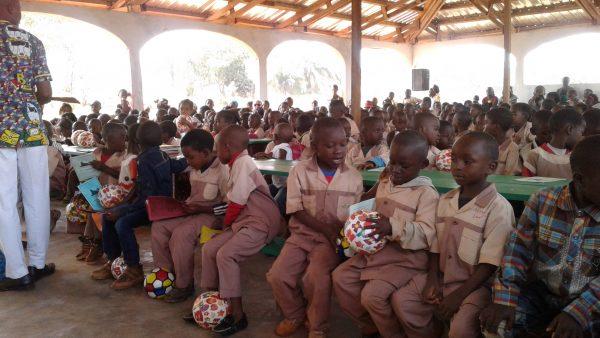 wigilia w Afryce - Abong-Mbang Kamerun Ruch Maitri pomoc Afryce Adopcja Serca 01