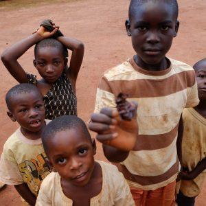 Pomoc w budowie sali w Essengruch Maitri Adopcja Serca Pomoc Afryce Kamerun 01