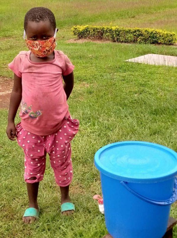 Pomoc ludziom biednym Ruch Maitri Adopcja Serca pomoc Afryce Abong-Mbang 01