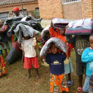 Dodatkowa pomoc dla dziewczynek Adopcja Serca Buraniro Burundi Ruch Maitri 01