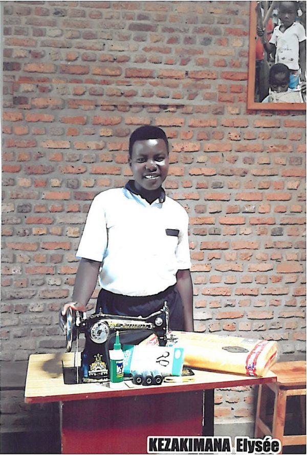 pomoc dla podopiecznej Adopcji Serca z Gitega Songa w Burundi Ruch Maitri 01