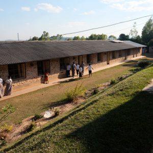 rozbudowa szkoły w Burundi Ruch Maitri Adopcja Serca 01