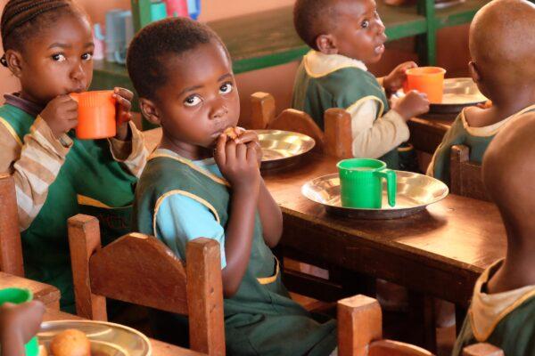 Siostry Opatrzności Bożej Ruch Maitri 01 Adopcja Serca pomoc Afryce adoptuj dziecko z Afryki 02